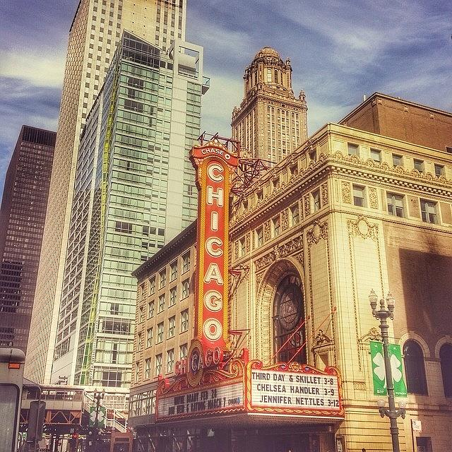 Snapseed Photograph - Chicago Theatre #chicago by Paul Velgos