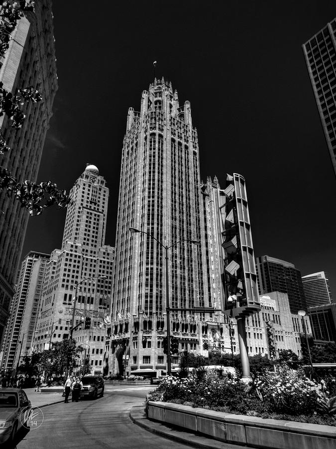 Tribune Tower Photograph - Chicago - Tribune Tower 001 by Lance Vaughn