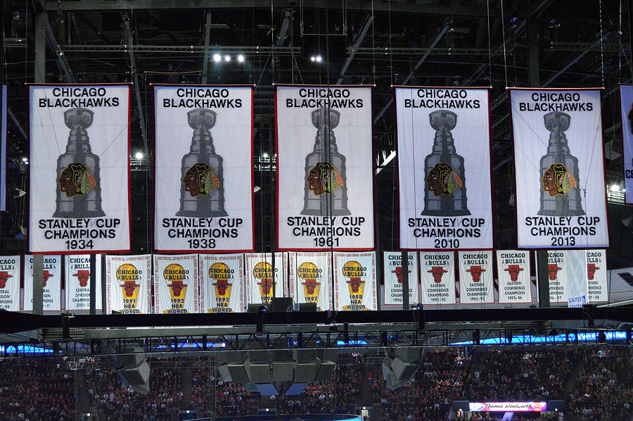 Chicago United Center Banners Photograph By Thomas Woolworth