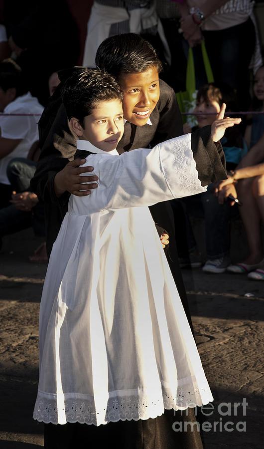 Children Photograph - Children Of God by Barry Weiss