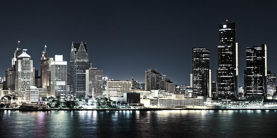 Chilled Detroit Skyline  by Levin Rodriguez