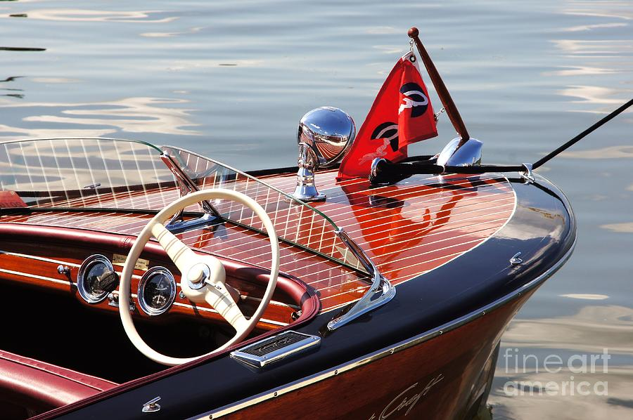 Chris Craft Deluxe Runabout Photograph by Neil Zimmerman