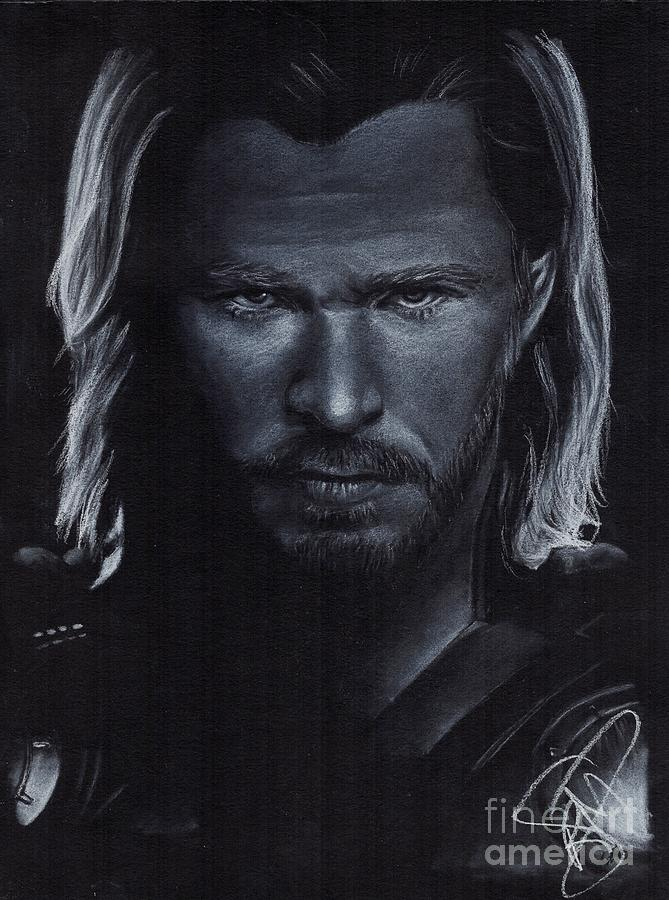 Chris Hemsworth Drawing - Chris Hemsworth by Rosalinda Markle