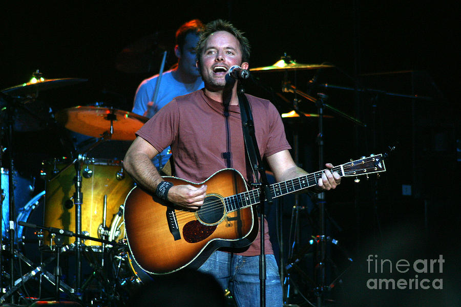 Chris Tomlin Photograph - Chris Tomlin 8206 by Gary Gingrich Galleries