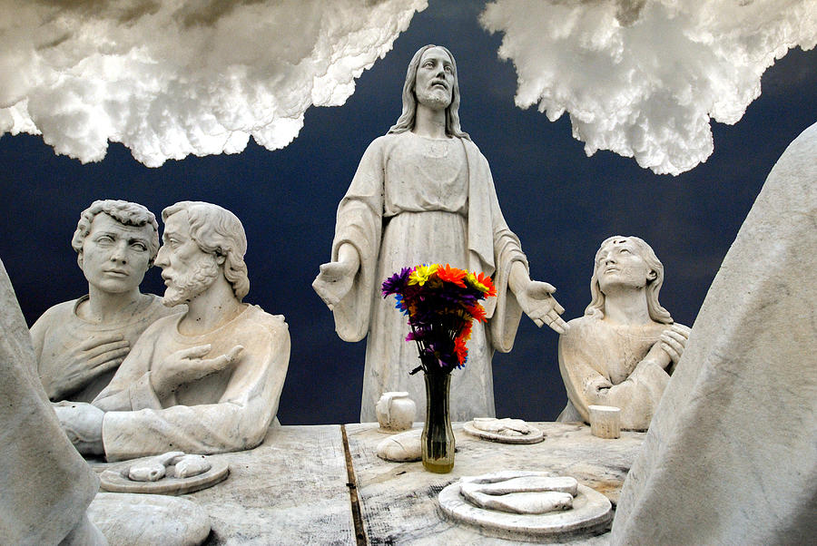 Last Supper Photograph - Christ And The Last Supper Northern Virginia 2006 by John Hanou