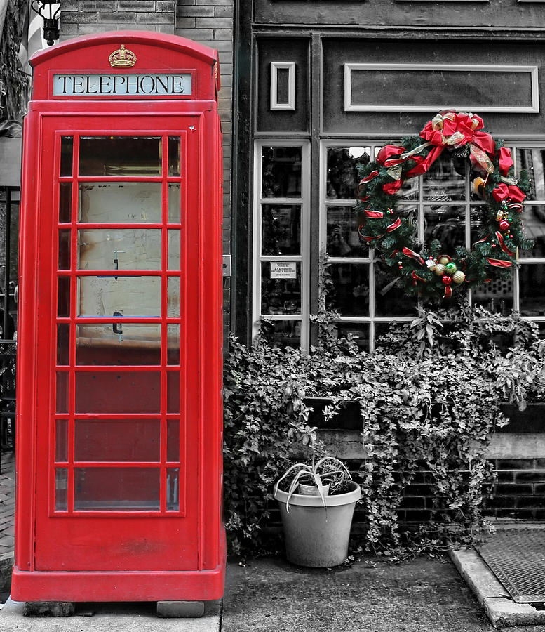 Public Telephone Photograph - Christmas - The Red Telephone Box And Christmas Wreath IIi by Lee Dos Santos