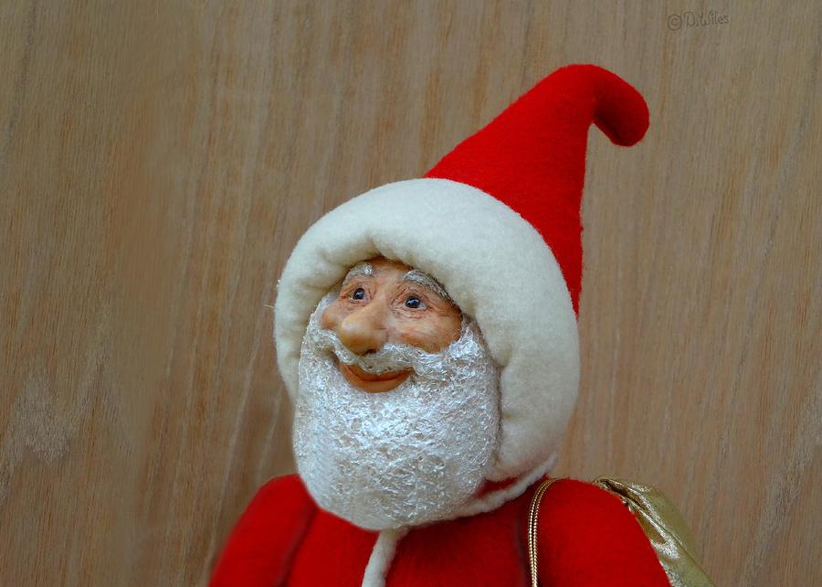 Santa Claus Sculpture - Christmas Cheer by David Wiles