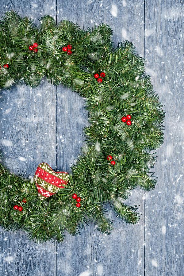 Christmas Photograph - Christmas Garland by Amanda Elwell