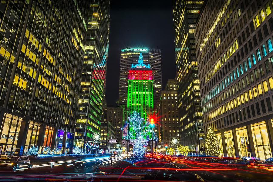 Christmas On Park Avenue Photograph