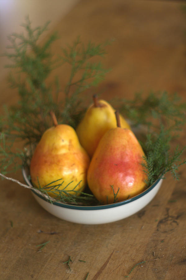 Christmas Pears.Christmas Pears In A Bowl