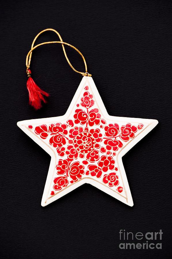 5 Photograph - Christmas Star by Anne Gilbert