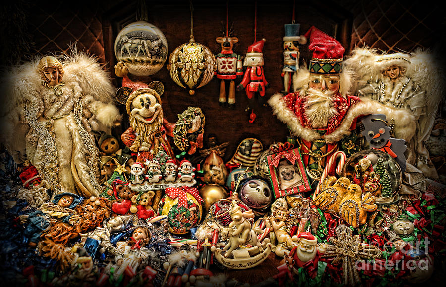 Christmas Photograph - Christmas Tree Ornaments by Lee Dos Santos
