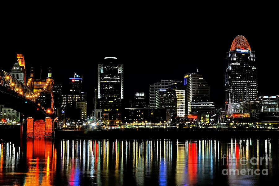 Cincinnati Photograph - Cincinnati Skyline Dreams 3 by Mel Steinhauer