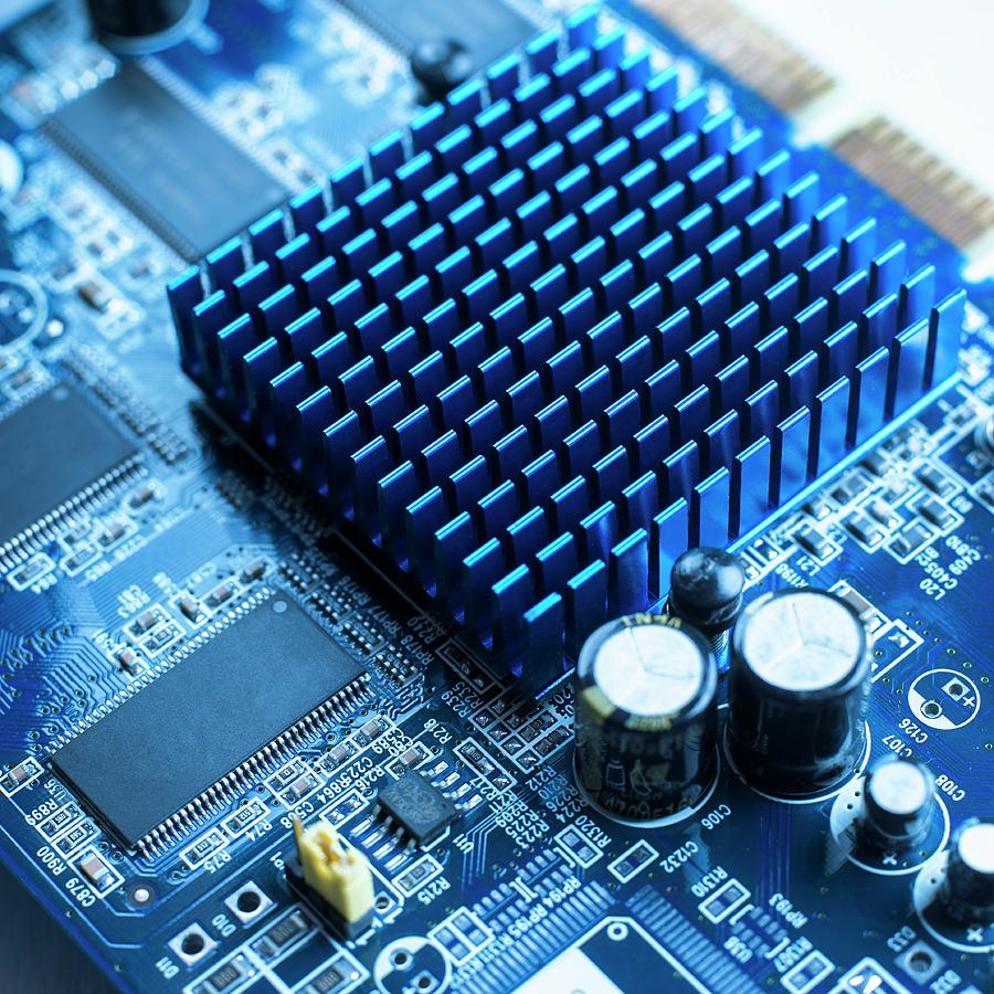 Circuit Board Heat Sink Photograph by Science Photo Library