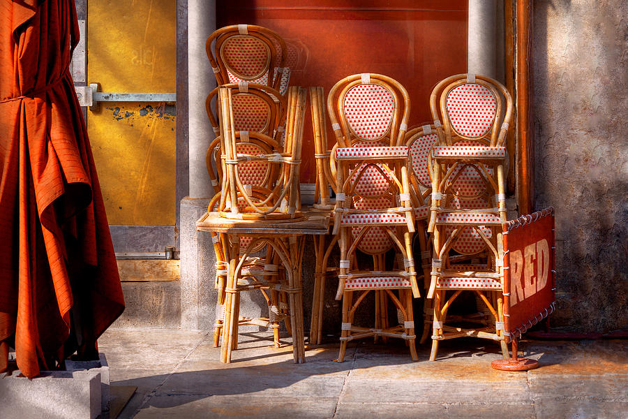 City Photograph - City - Chairs - Red by Mike Savad