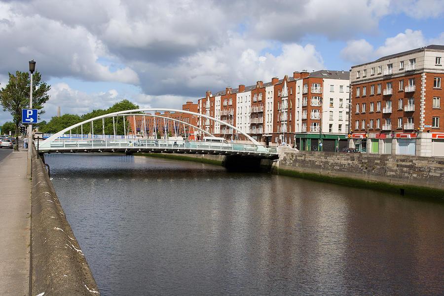 Dublin Photograph - City Of Dublin In Ireland by Artur Bogacki