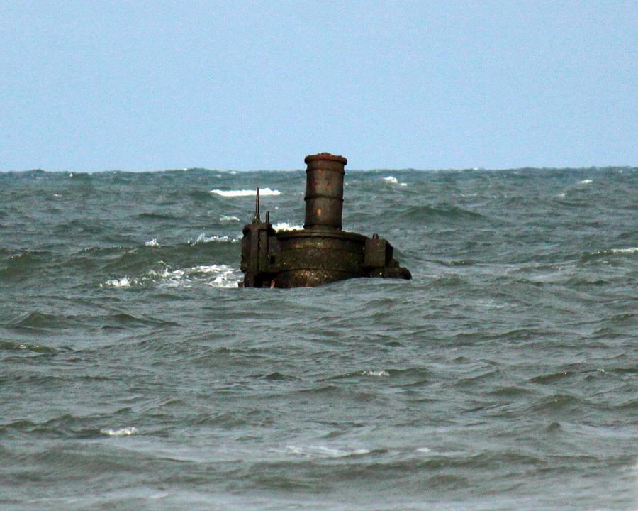 Civil War Photograph - Civil War Shipwreck by Brian M Lumley