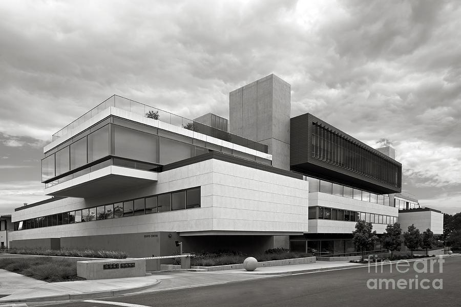 Claremont Mckenna College Photograph - Claremont Mc Kenna College Kravis Center by University Icons