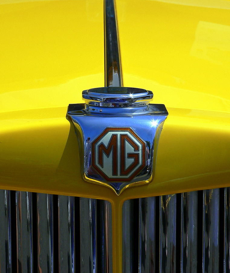 Classic MG Grill Yellow by Jeff Lowe