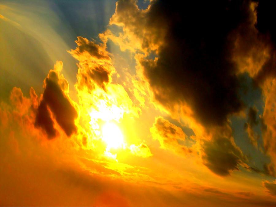 Sky Photograph - Clear Sky by Jose Lopez