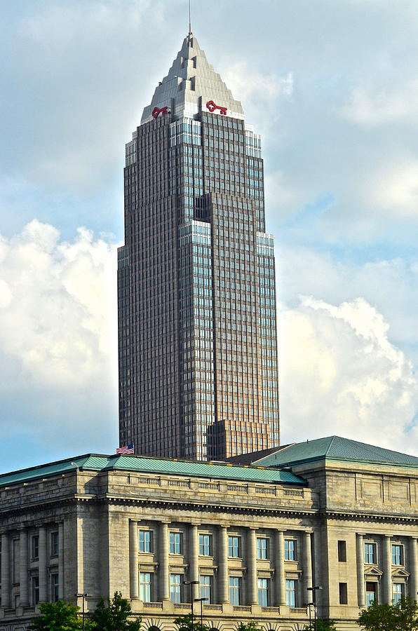 Cleveland Photograph - Cleveland Key Bank Building by Frozen in Time Fine Art Photography