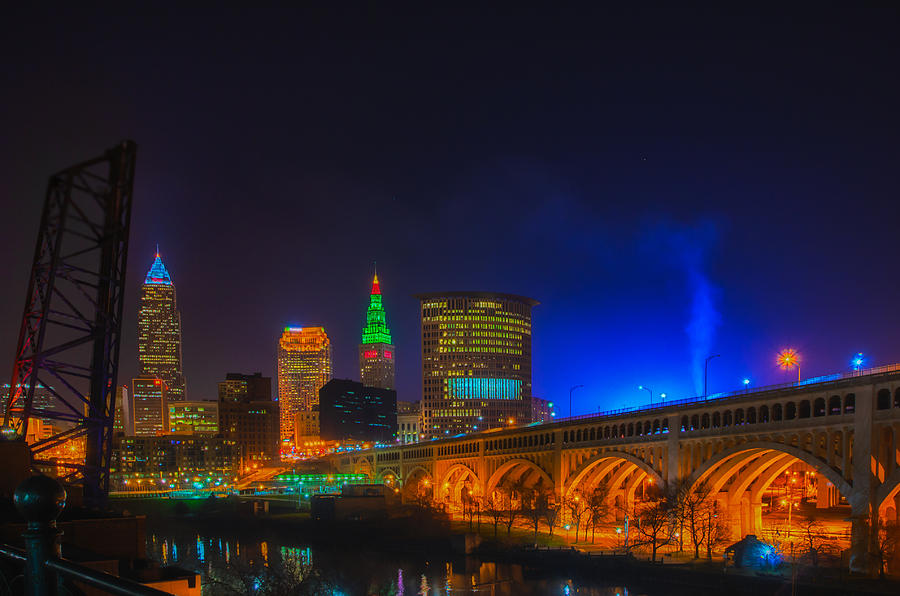 Cleveland Christmas.Cleveland Skyline At Christmas