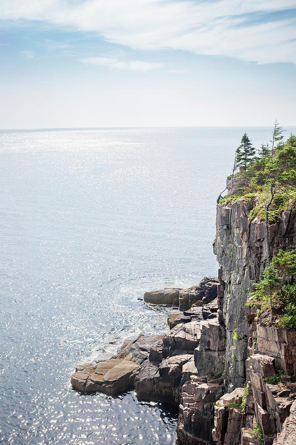 Cliffs At The Coast Of Maine, Usa Photograph by Raimund Koch