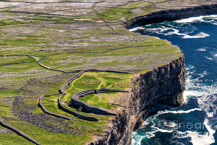 Walls Photograph - Cliffs Of Inishmoore by Juergen Klust