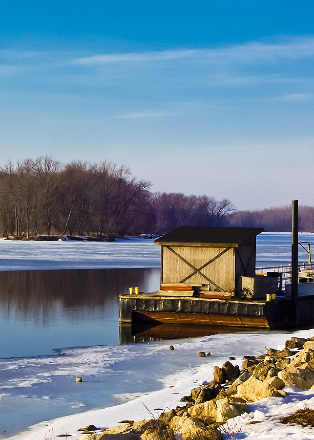 Mississippi River Photograph - Closed For The Season by Christi Kraft