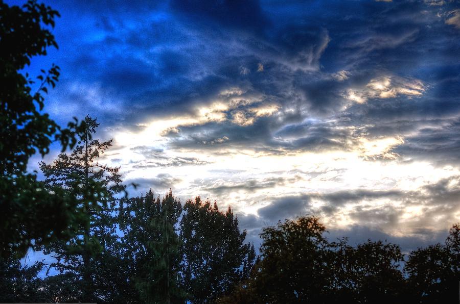 Cloudy Sunset 16979 Photograph
