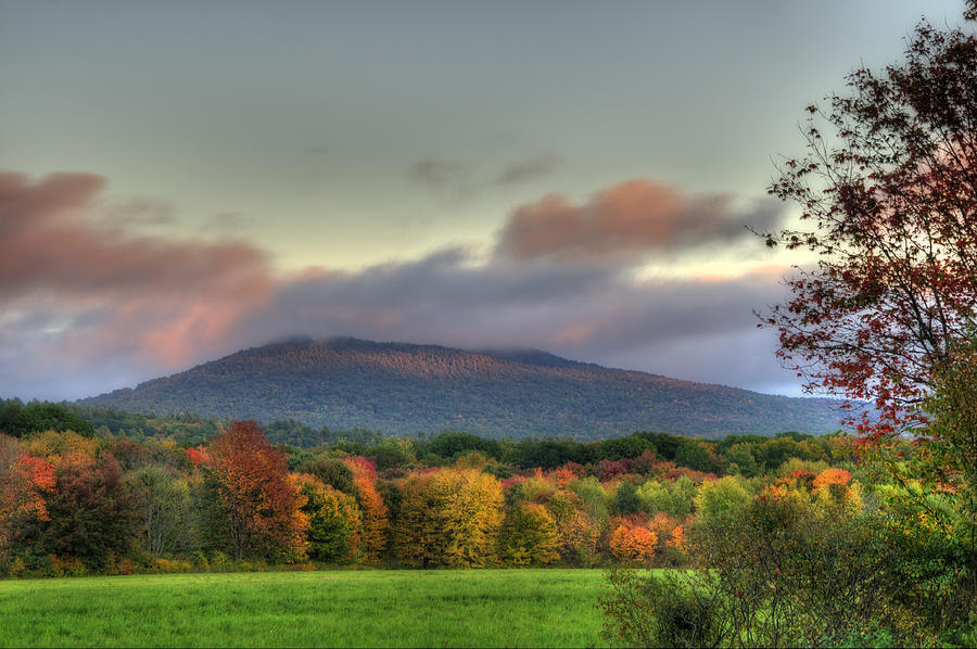 Crotched Mountain Photograph - Color On Crotched Mountain - Nh by Joann Vitali