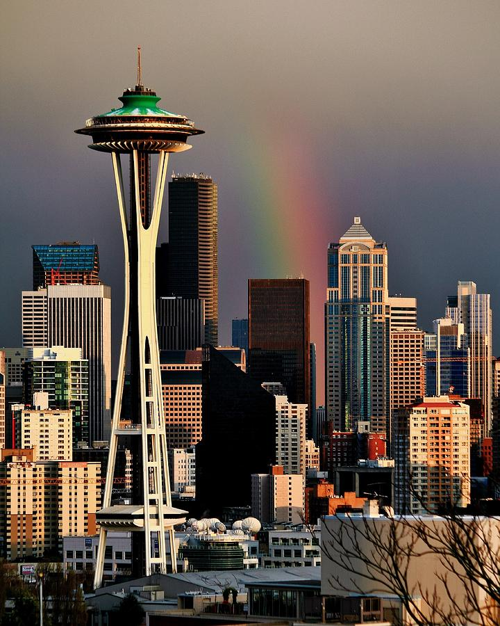 Seattle Photograph - Colors Of Seattle by Benjamin Yeager