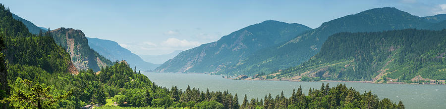Columbia River Gorge Oregon Washington Photograph by Fotovoyager