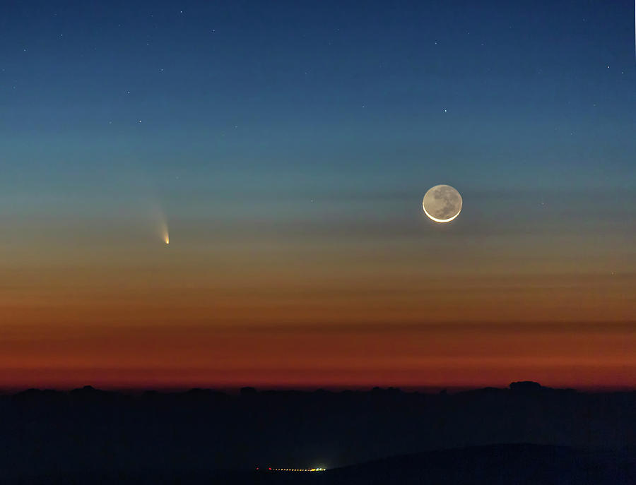 Comet Pan-starrs And Crescent Moon Photograph by Don Smith