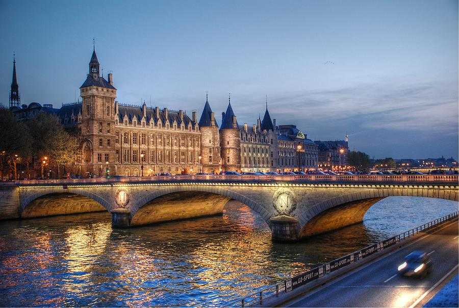 Conciergerie Photograph - Conciergerie And Pont Napoleon At Twilight by Jennifer Ancker