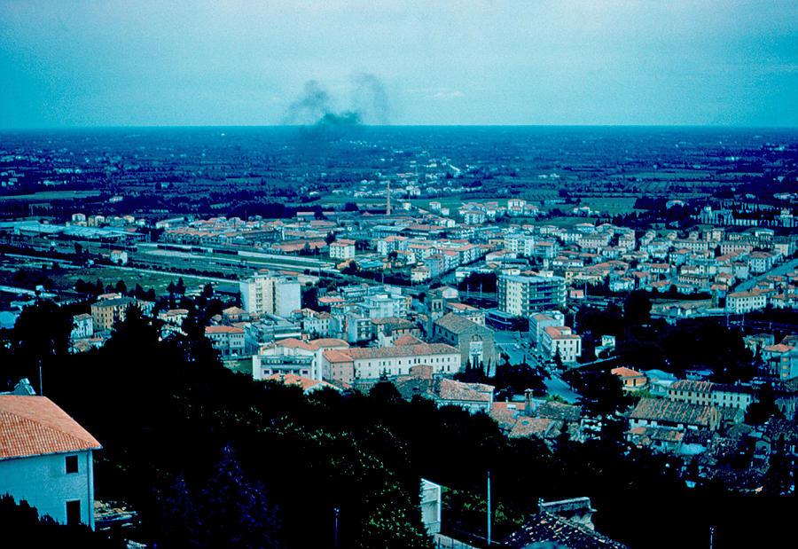 Conegliano Photograph - Conegliano Italy 1962 by Cumberland Warden