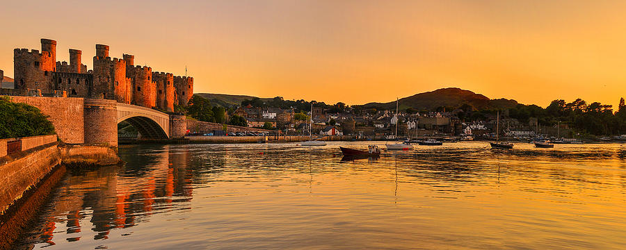 Conwy Castle Sunset Photograph By Regie Marshall