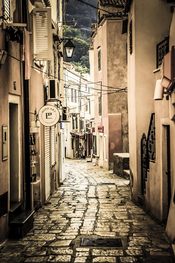 Cooatian Village Photograph