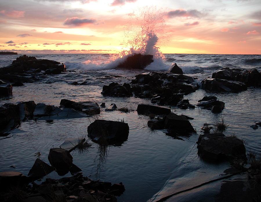 Lake Superior Photograph - Cool Wave At Sunup by Sandra Updyke