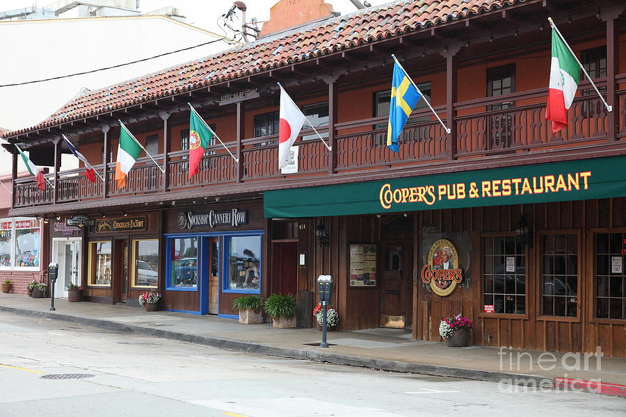 Coopers Pub And Restaurant On Monterey Cannery Row California 5d24774