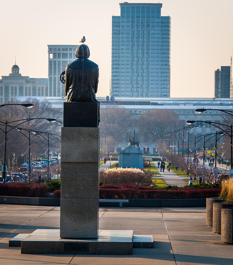 151 Photograph - Copernicus Watches Over Chicago by Cliff C Morris Jr
