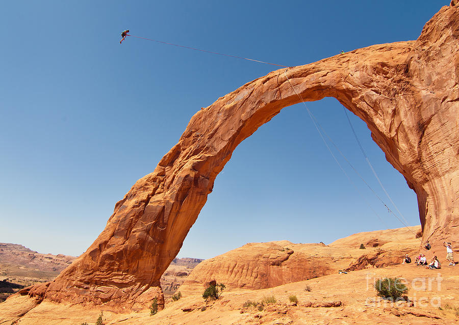 Corona Arch Swing