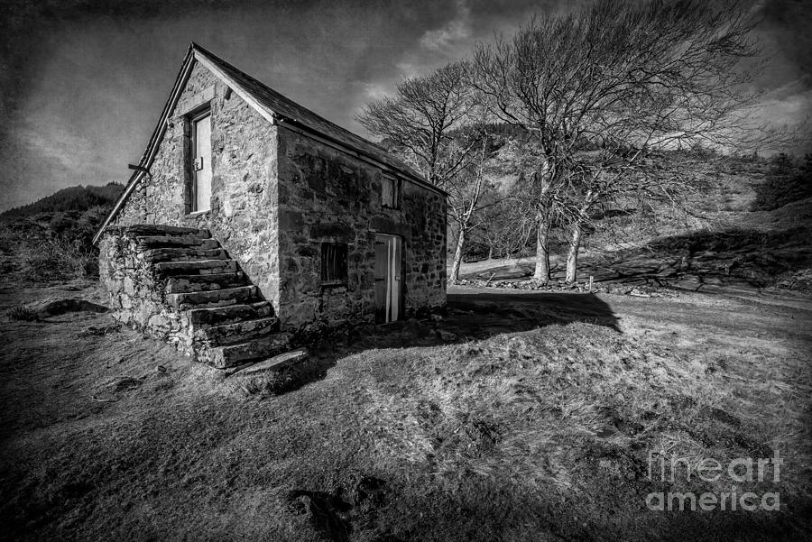 Hdr Photograph - Country Cottage V2 by Adrian Evans