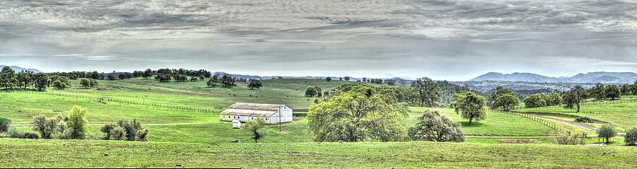 Amador Photograph - Country Style by SC Heffner