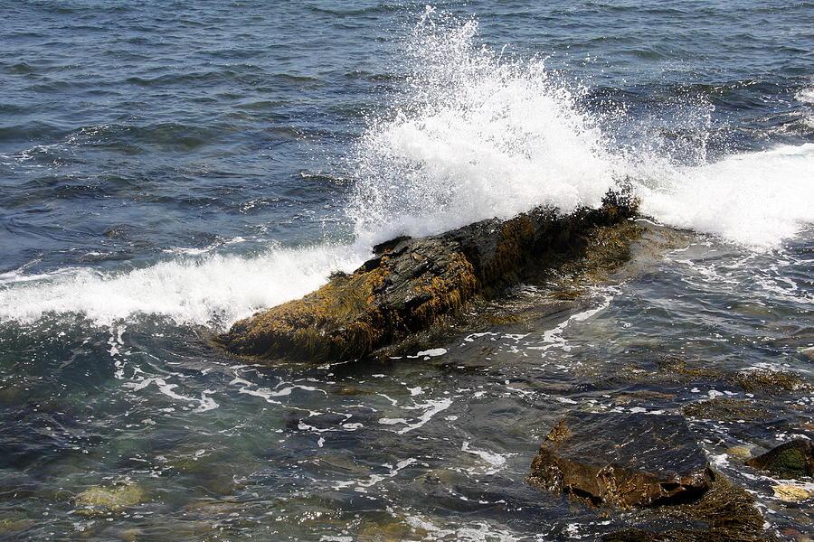 Crashing Waves Photograph - Crashing Waves - Rhode Island by Christiane Schulze Art And Photography