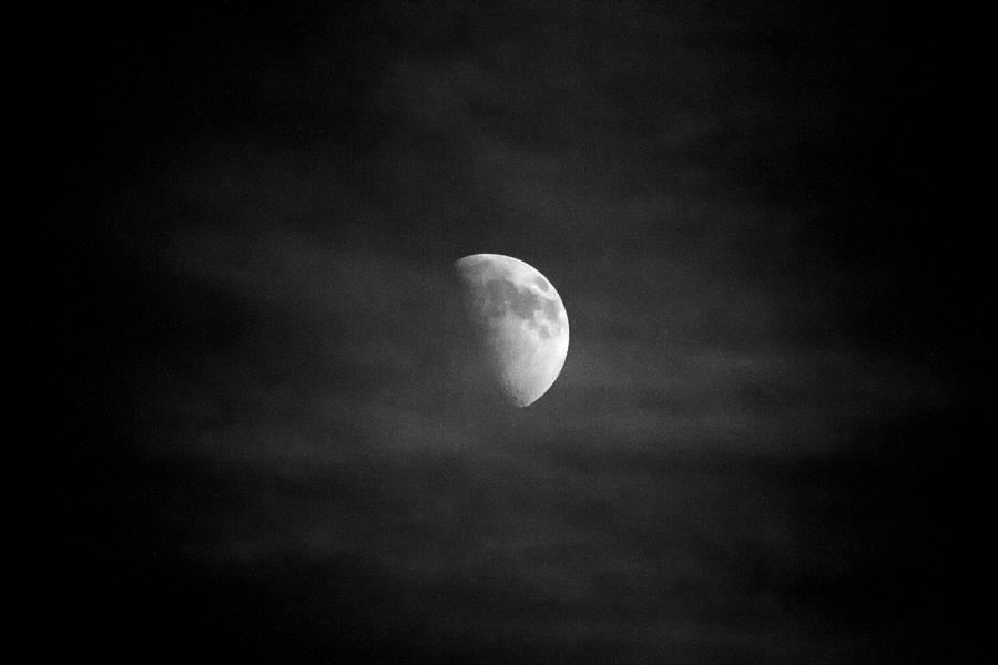 Moon Photograph - Creepy moon by Goyo Ambrosio
