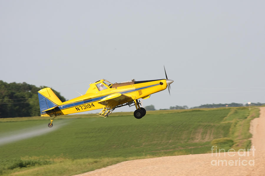 remote controll plane with Crop Duster Lori Tordsen on Main1 as well Main1 together with Watch as well Search further Crop Duster Lori Tordsen.