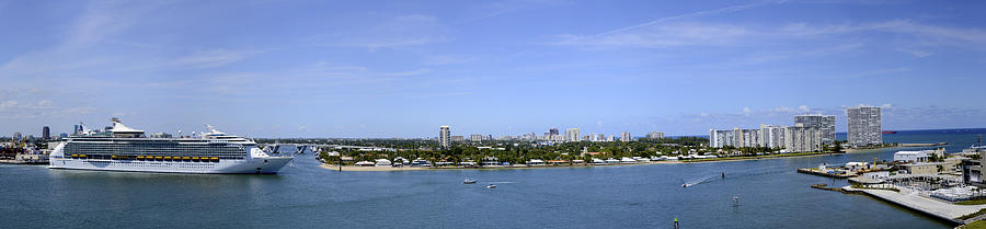 Ft Lauderdale Photograph - Cruising Fort Lauderdale by Don and Bonnie Fink