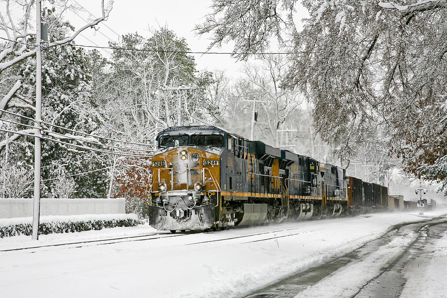 Csx Train In Ashland Virginia Photograph by Cliff Middlebrook