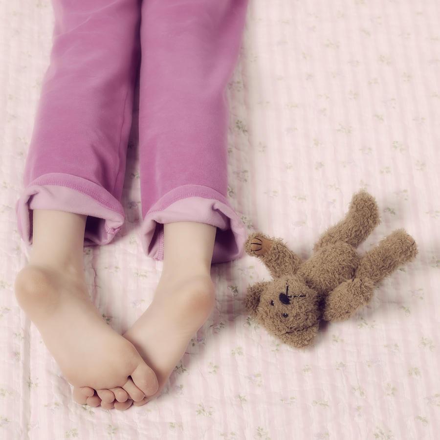 Feet Photograph - Cuddle by Joana Kruse